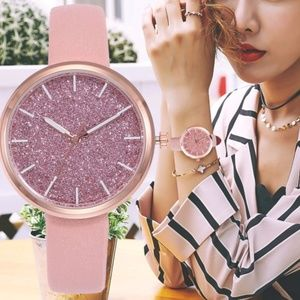 Accessories - ⌚️NEW⌚️Luxury Glitter Leather Strap Quartz Watch